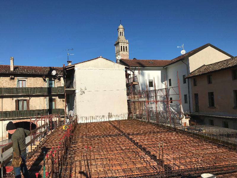 Ristrutturazione edificio destinato a casa canonica