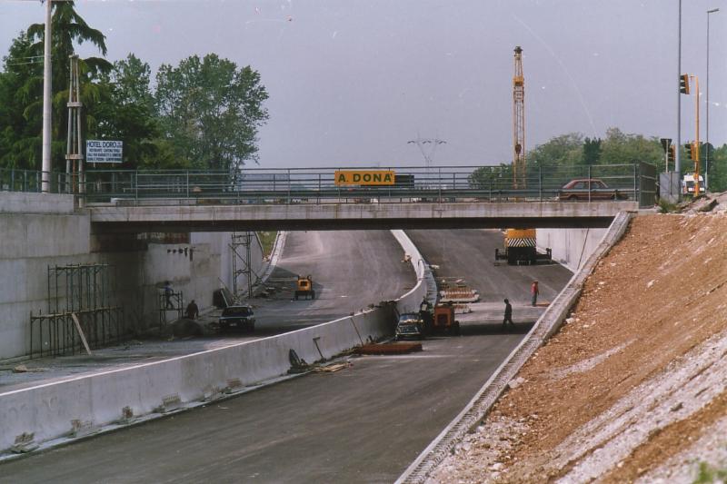 Cavalcavia, ponti e sottoppassi nel raccordo autostradale di Udine