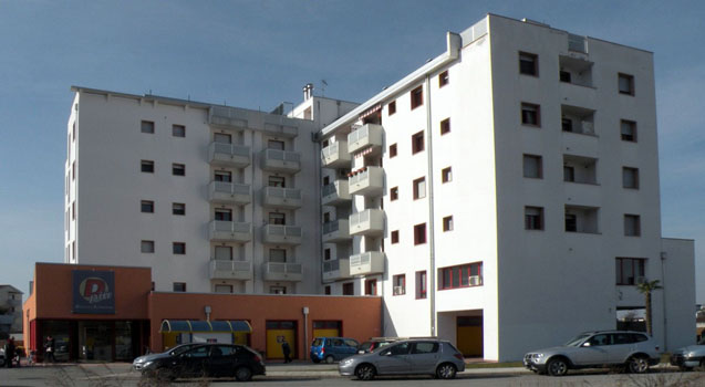 Complesso commerciale e residenziale in via S. Osvaldo a Udine