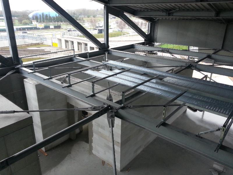 Staffaggi antisismici degli impianti del nuovo Stadio Friuli